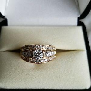 14K , 1+ Caret diamond ring
